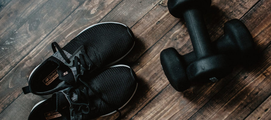činky, boty, cvičení